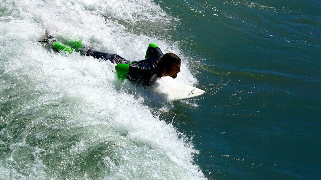 water-sports-820617_1280