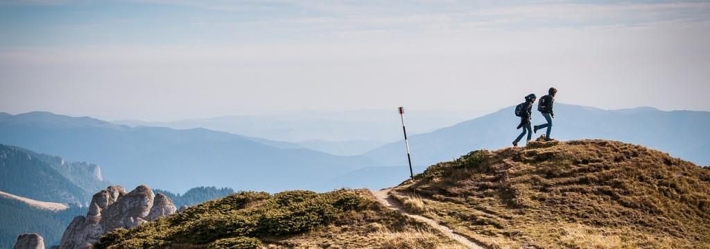 hiking-690479_1280