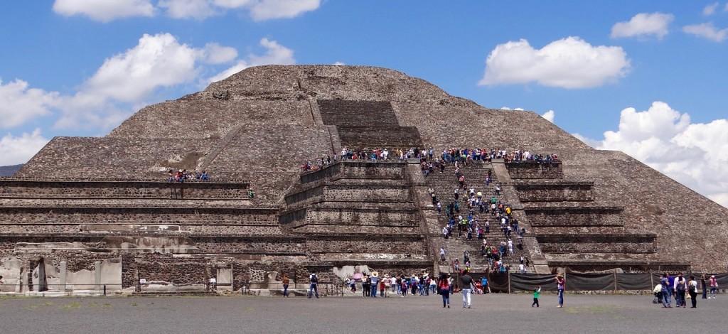 pyramids-1142110_1280